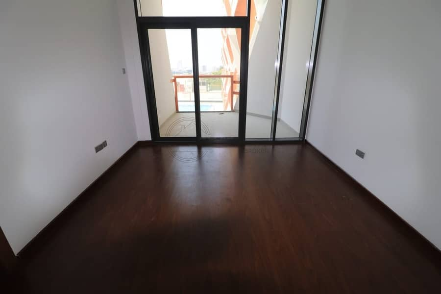 Amazing View Modern 1 BR for Rent