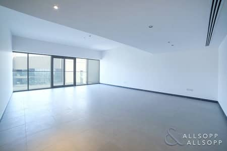 LUXURY | 2600 SQFT | VACANT | ONYX TOWER