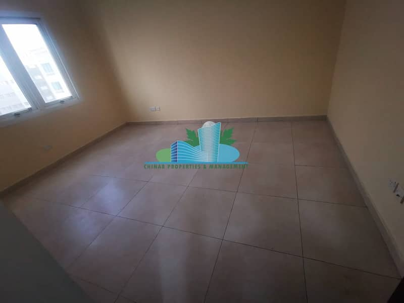 Charming & Clean 1bhk with 2 bath |Parking| Book your Viewing Now!