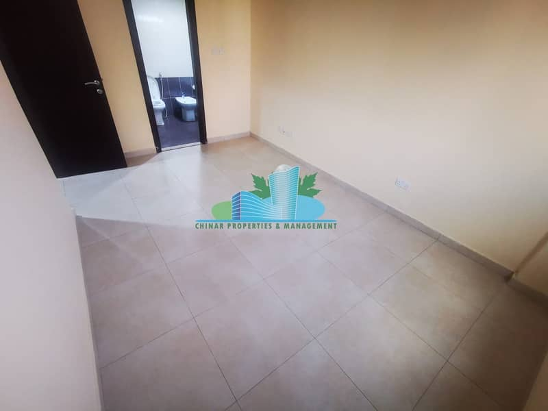 2 Charming & Clean 1bhk with 2 bath |Parking| Book your Viewing Now!