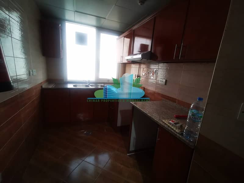 12 Charming & Clean 1bhk with 2 bath |Parking| Book your Viewing Now!