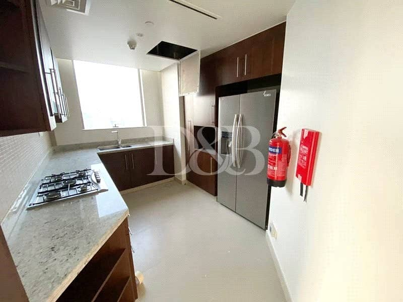9 Stunning Burj  View |  2 Bed | 05 series