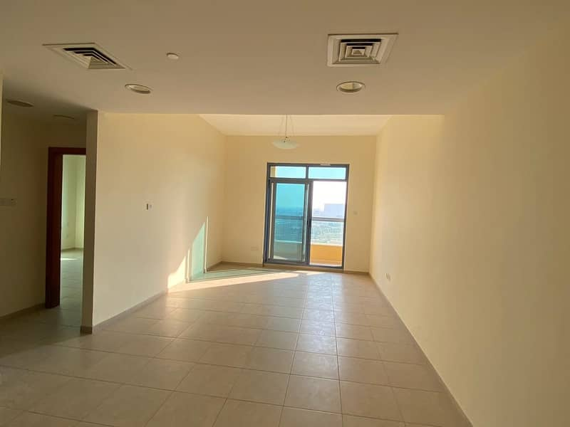 2 BEDROOM WITH BALCONY  FOR RENT  Chiller Free