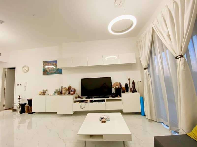Huge and Fully Furnished 1 Bedroom I Including Utilities