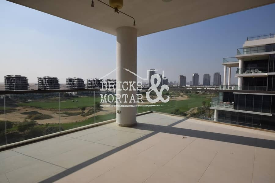 2 Stunning Golf Views | Large Terrace | Spacious