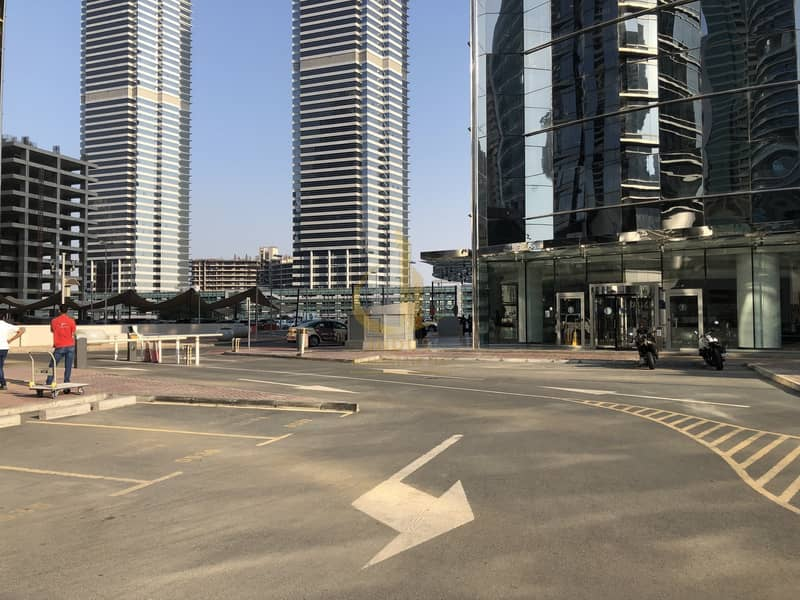 21 Amazing Fully Furnished Spacious Office in Gold Tower JLT!