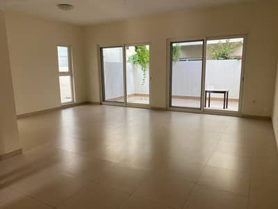 3 Bedroom Townhouse for Rent in International City, Dubai - Luxurious Corner Unit 3 Bedroom Villa With Maid Room