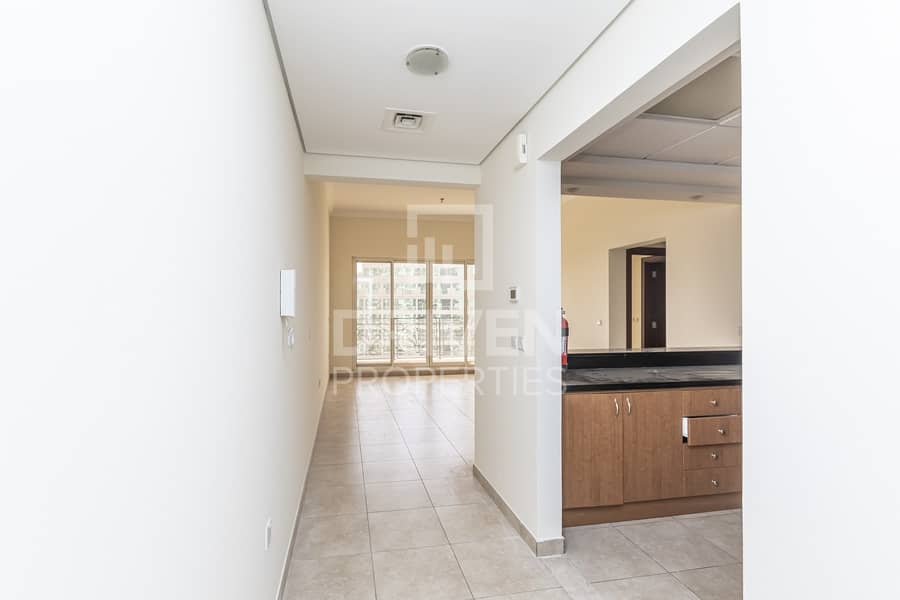 Great Deal | Golf Facing 1 Bed Apartment