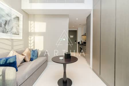 High Floor  Luxury Living   with Balcony