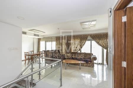 شقة 2 غرفة نوم للايجار في قرية جميرا الدائرية، دبي - Spacious 2Bedrooms Duplex | with Jacuzzi