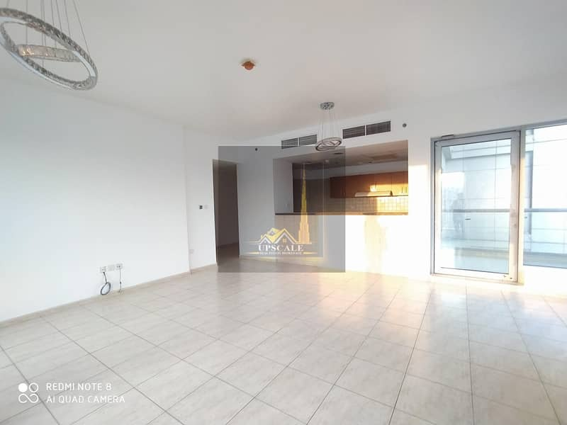 2 CLASSIC AND ELEGANT READY TO MOVE IN  1 BHK APT@550K IN UPTOWN MOTOR CITY