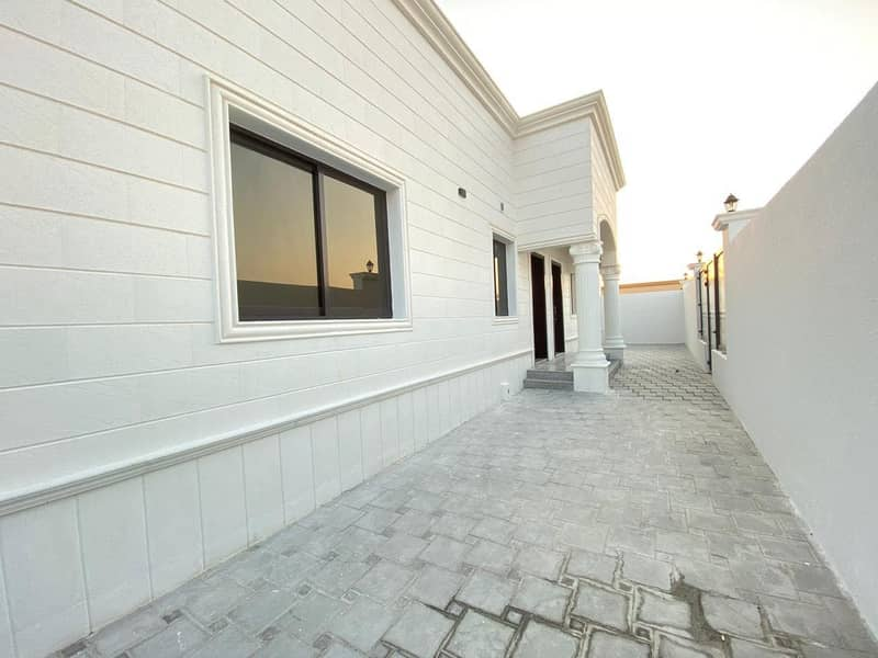 Almost Brand New 2 Bedroom Hall for Rent in MBZ