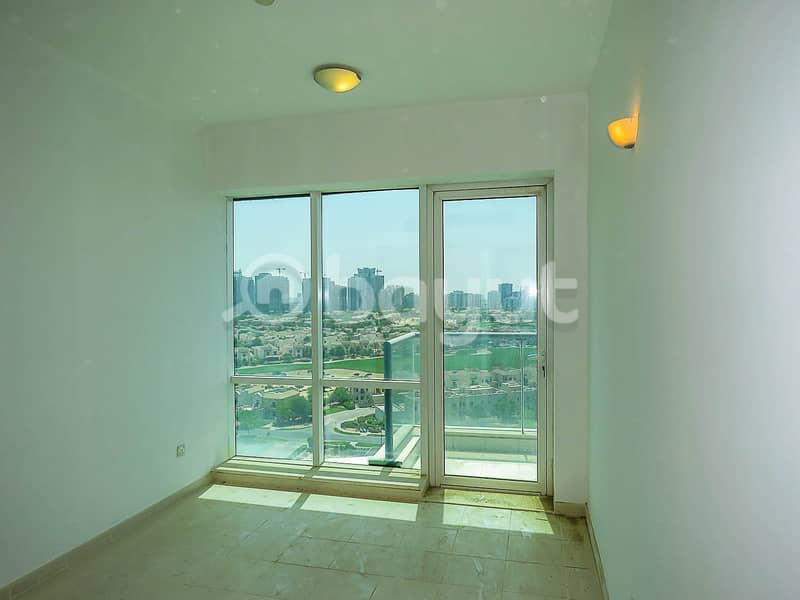 Well Maintained/ Big Size Apartment