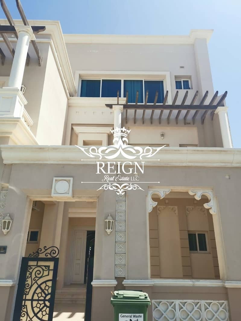 2 5Bhk Villa | All Master |  Maid Room | Parking