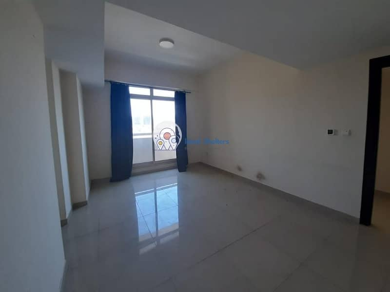 Golf Course View 2 Bed| Investors Deal | Spacious Layout