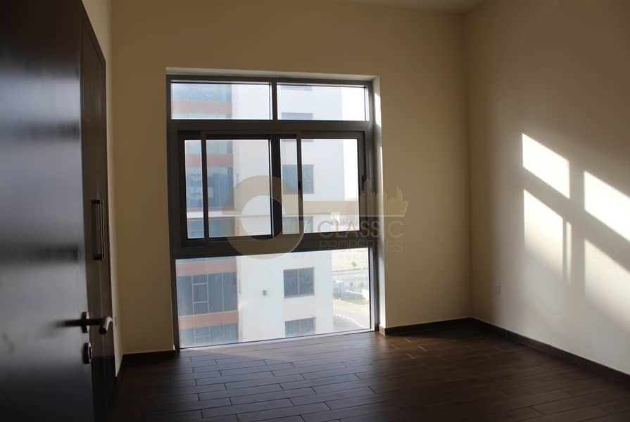2 Hot Deal | 2 bed | Maids room | 14months contract