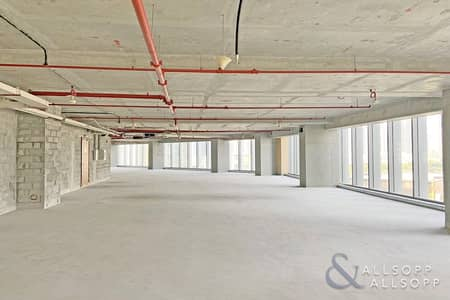 Office for Sale in Business Bay, Dubai - Full Floor Unit | Shell Core | Grade A Tower
