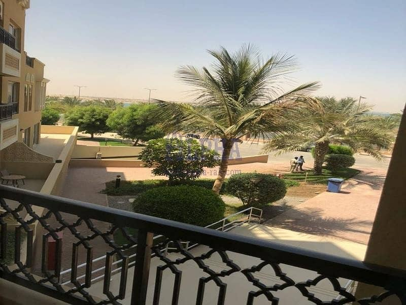 2 Unfurnished Apartment in the Island! Garden View