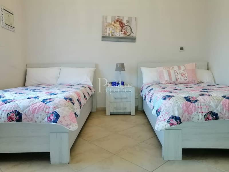 LUXURY FURNISHED / WELL MAINTAIN / READY TO MOVE IN
