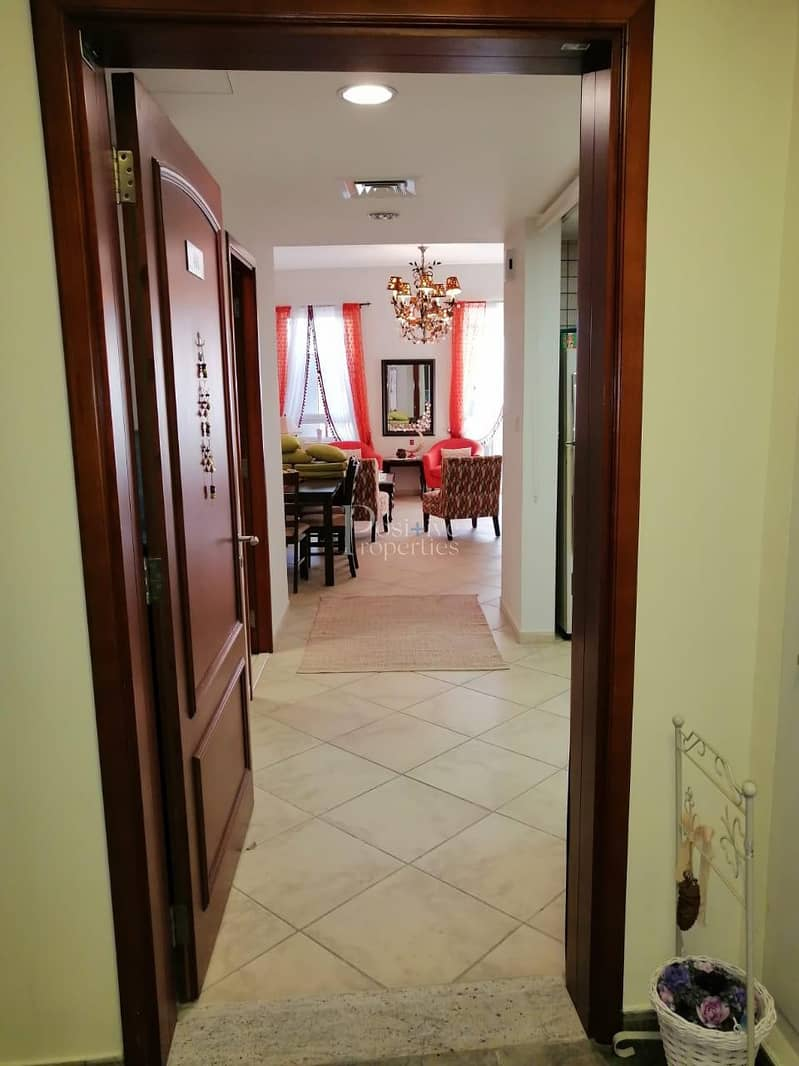 14 LUXURY FURNISHED / WELL MAINTAIN / READY TO MOVE IN