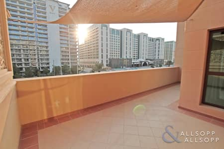 2 Bedroom Flat for Rent in Palm Jumeirah, Dubai - 2 Beds | Unfurnished | Low Floor | Terrace