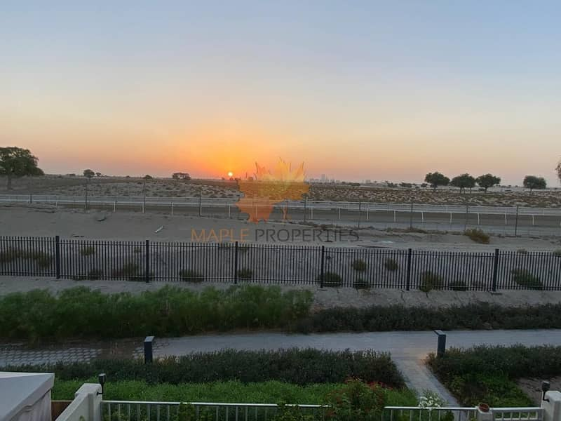 Beautiful 3BR Single Row / Sun Rise + Camel Racing Views