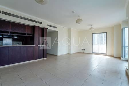 2 Bedroom Flat for Rent in Downtown Dubai, Dubai - Burj View | Many Amenities | Chiller Free