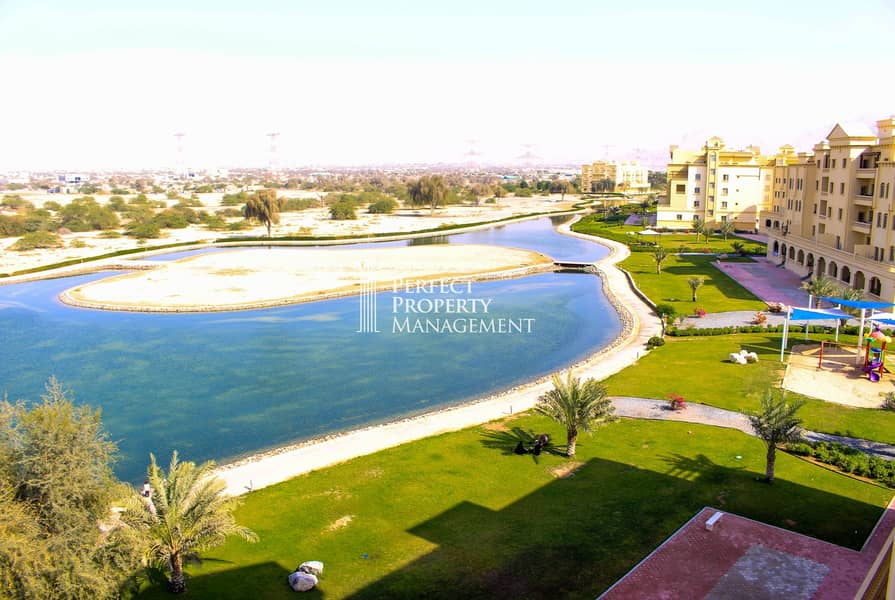 2 Very nice furnished 3 BHK Apartment with complete lake view for rent in Yasmin Village