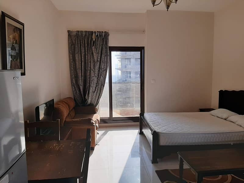 8  Furnished Studio With a Golf Course View
