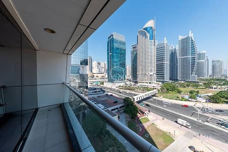 1 Bedroom Apartment for Rent in Jumeirah Lake Towers (JLT), Dubai - Vacant | Biggest Layout | Lake View