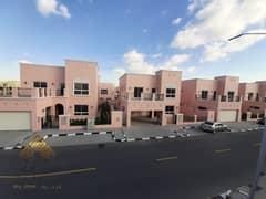 فیلا في ند الشبا 3 ند الشبا 4 غرف 130000 درهم - 4874192
