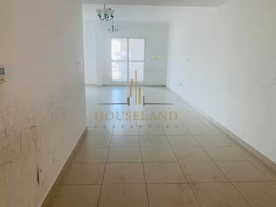 Amazing 1 bedroom available  with open view.