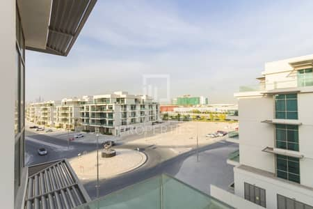 Beautiful 1 Bedroom Apartment with Balcony