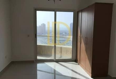استوديو  للايجار في مدينة دبي للإنتاج، دبي - Studio with Balcony and Parking in Lakeside D