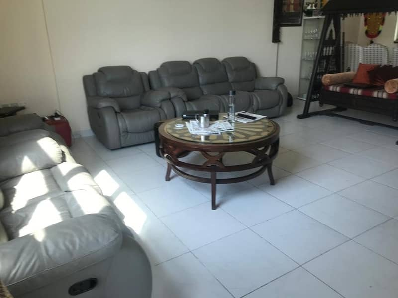 1 best offer for 3 bed rooms flat in ajman