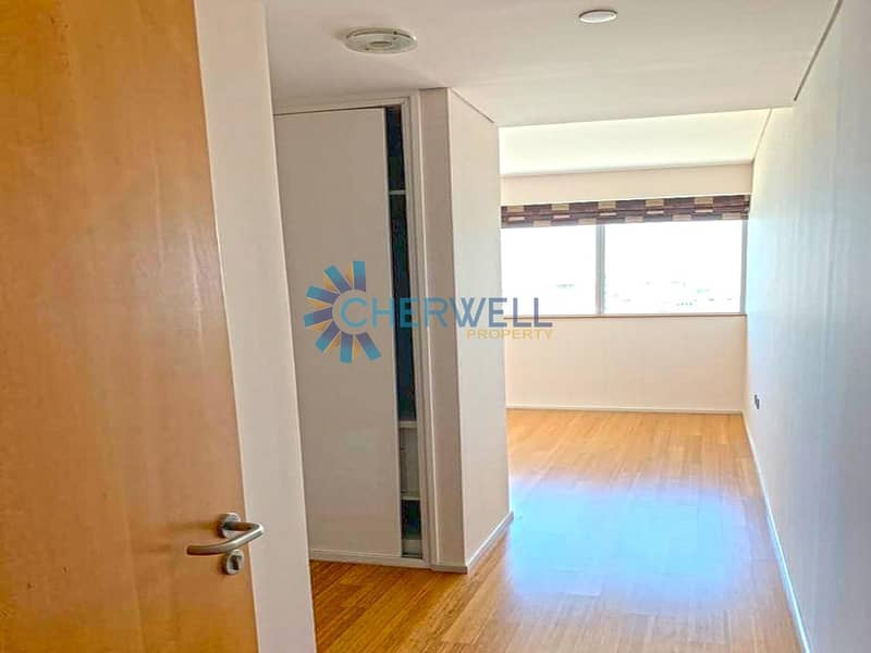 2 Hot Deal | Best Price | Sea View | Vacant