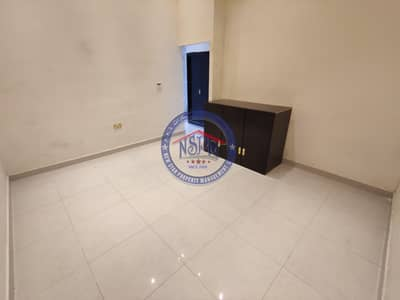 استوديو  للايجار في البطين، أبوظبي - Beautiful studio. no commission. parking available
