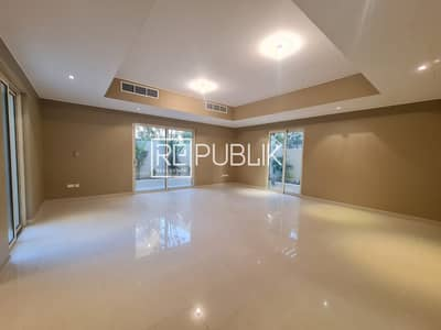3 Bedroom Villa for Rent in Al Raha Gardens, Abu Dhabi - Superb 3 Bedrooms Type A Villa with Private Garden