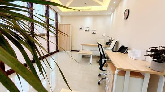 مکتب  للايجار في الخليج التجاري، دبي - Fully furnished serviced office direct from landlord (No Commission)