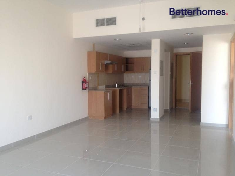 Spacious Layout | Ready to Move | Vacant