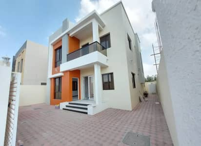5 Bedroom Villa for Sale in Al Yasmeen, Ajman - Villa for sale with housing and bank specifications, with a very special location on the asphalt street, without any commission for the real estate broker from the buyer, with the possibility of freehold ownership. Life with the right of inheritance