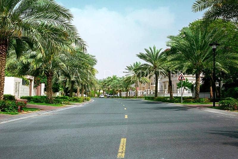 10 Modified Al Hambra Style 6Bedroom Villa Low Priced