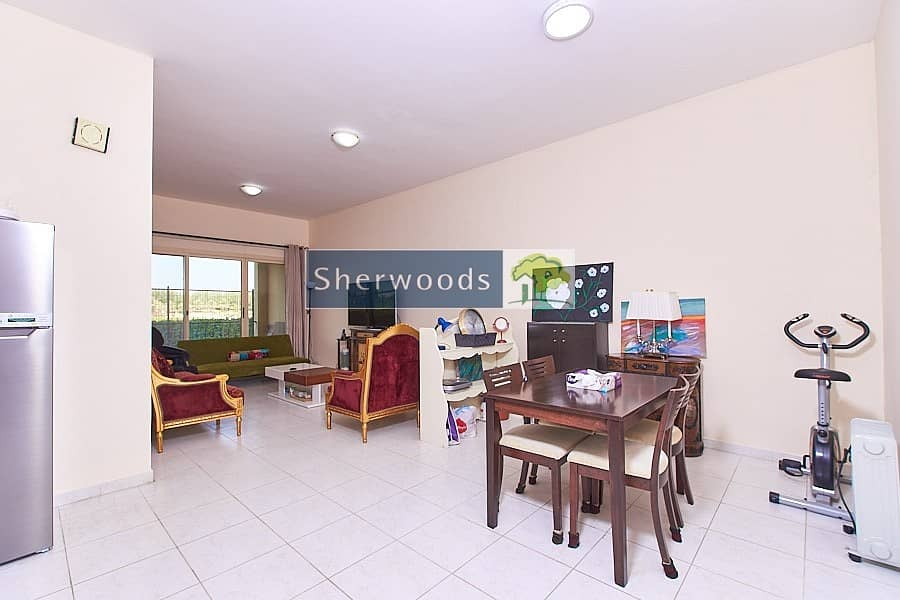 2 Stunning And Stylish 1 BR - Furnished - Nearby Mall