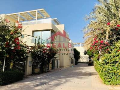 فیلا 4 غرف نوم للبيع في المدينة المستدامة، دبي - Zero Service Charge | Massive 4BHK Villa + Maids | Eco-Friendly Community