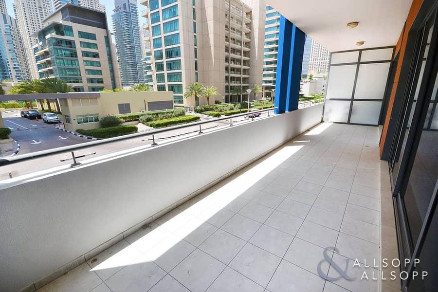 Duplex Apartment l 2885 Sq Ft l Vacant
