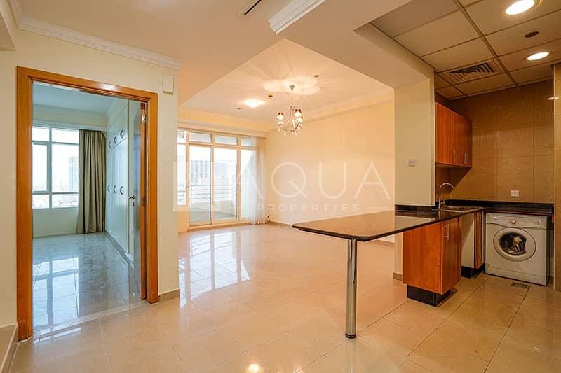 Well Presented 1 Bedroom in Marina Crown