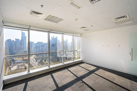 Office for Sale in Jumeirah Lake Towers (JLT), Dubai - Fitted | Close to Metro | Internal Pantry