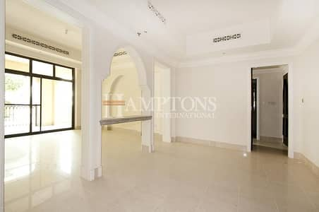 2 Bedroom Apartment for Rent in Old Town, Dubai - Spacious 2 Bedroom + Study Room + Garden