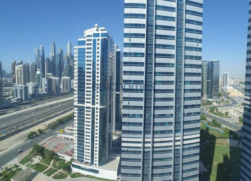 27 Amazing spacious 2 bed + study in Armada tower 1