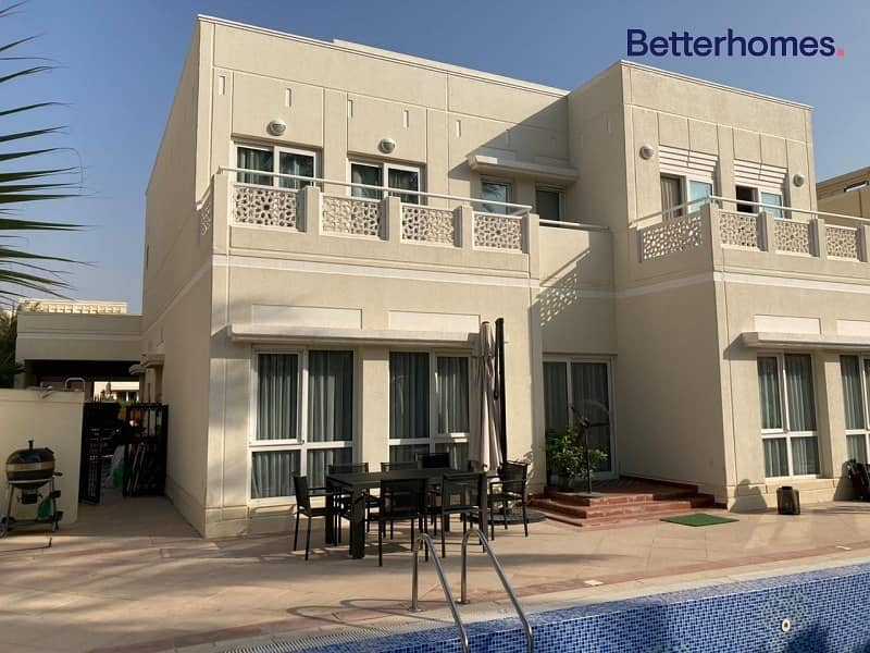 TYPE 7 | FULLY UPGRADED | PRIVATE POOL | NEAR LAKE